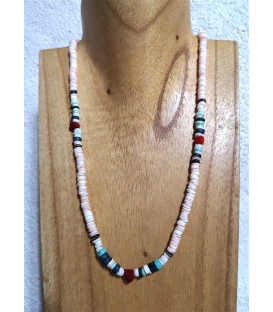 Collier en perles de coquillages