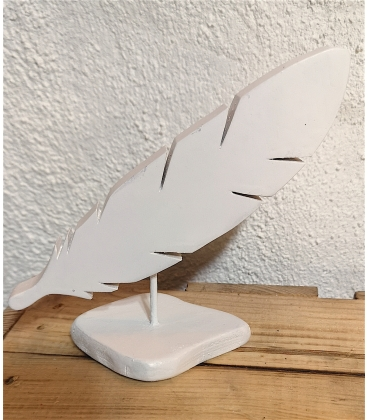 Plume blanche en bois