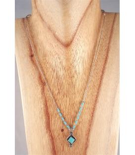 Collier avec turquoise en losange